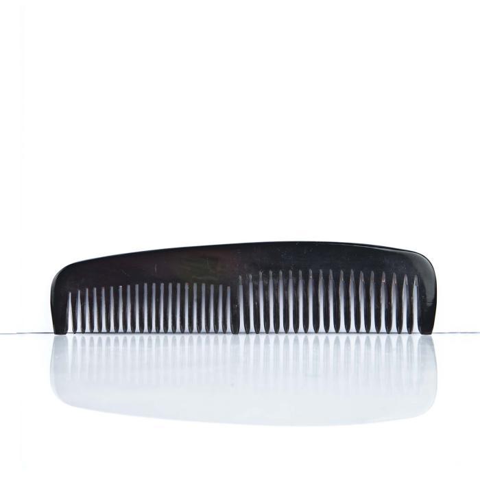 Frisierkamm Horn breit mittel 15,5 cm