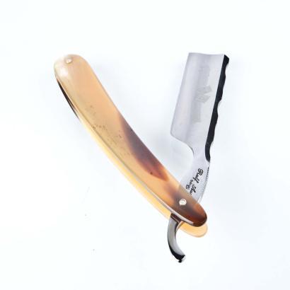Ralf Aust Rasiermesser 6/8 französischer Kopf Kullenrücken Horn